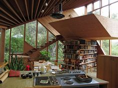 John Lautner was a California based architect that built very inspiring public buildings and private residences. The Walstrom house was co...