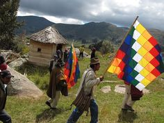 www.villsethnoatlas.wordpress.com (Ajmarowie, Aymara) Aymara ceremony copacabana 1