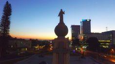 Amanecer desde plaza Salvador del mundo en el gran San Salvador...?.. A A