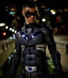 """""""Nightwing is on the prowl. Had an amazing shoot with @nelsphotos last night and got some amazing shots. I'll be Nightwing all day today at…"""""""
