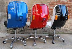 Designers espanhóis reciclam as scooters italianas, transformando-as em cadeiras diferentes para home office