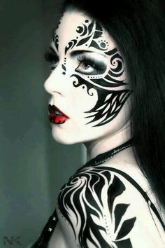 Face Art Beauty. so exotic . I hope one day it will be normal to walk around like that