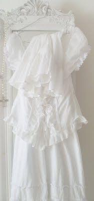 Farbe Weiß. Color white. ☀sg