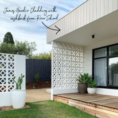 Cinder Block House, Mid Century Modern Landscaping, Modern Front Yard, Mid Century Exterior, Three Birds Renovations, House Makeovers, Home Exterior Makeover, Front Courtyard, House On Stilts