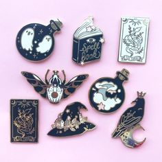 The ultimate Witchy collection🔮🔮 Estilo Hipster, Jacket Pins, Cool Pins, Metal Pins, Mo S, Pin And Patches, Pin Badges, Lapel Pins, Pin Collection