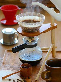 Kitchen Tool : 「椅子ノ杜五郎」の「Tripod」/作り手との意思疎通を楽しむ一杯 #kitchentools
