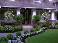 Beautiful Front Yard Landscaping Ideas (15) #TropicalGarden  #LandscapingIdeas