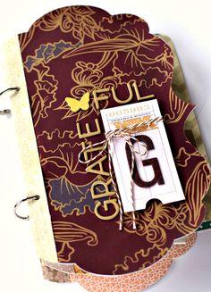 Gratitude Mini Album made with the #Cricut
