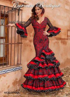 Polka dot ruffle edging with red - love this look! Flamenco Costume, Flamenco Dancers, Dance Costumes, Flamenco Dresses, Spanish Dress Flamenco, African Print Fashion, Ethnic Fashion, African Attire, African Dress