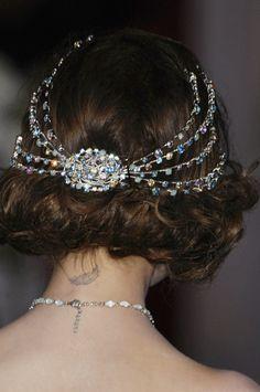 christians, vintage weddings, headpiec, christian dior, princess hair