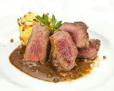 Rica pasta con carne molida y queso cheddar - Cocina y Vino Carne Molida Recipe, Tuna, Sausage, Steak, Pork, Beef, Fish, Recipes, Salsa Alfredo