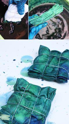 Modern Boho Wedding Inspiration: DIY Indigo Dyed Napkins | Elli.com