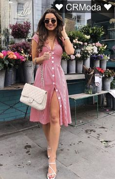 Vestido Midi: Descubra looks perfeitos para arrasar nas festas e no dia a dia! Classy Outfits, Casual Outfits, Classy Casual, Smart Casual, Work Outfits, Beautiful Outfits, Cute Dresses, Casual Dresses, Trendy Dresses