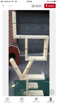 3 Fun And Easy DIY Woodworking Projects That You Can Complete This Weekend Diy Wood Projects For Men, Wooden Pallet Projects, Diy Pallet Furniture, Diy Furniture Projects, Woodworking Projects Diy, Furniture Plans, Home Projects, Home Crafts, Woodworking Plans