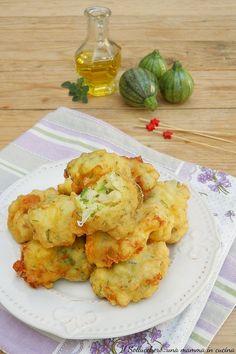 Appetizer Recipes, Dessert Recipes, Appetizers, Mozzarella, Good Food, Yummy Food, Romanian Food, Antipasto, Finger Foods