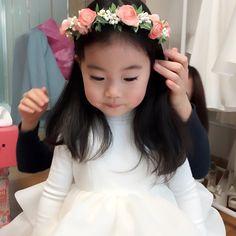 예빈 알라쀼 @wowhahahoho Instagram photos | Websta Cute Asian Babies, Korean Babies, Asian Kids, Cute Babies, Blonde Babys, Blonde Baby Girl, My Baby Girl, 2nd Baby, Baby Fever Medicine