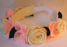 this link no longer works - but I love this idea for the dress up box. A little girls veil made with a headband Felt Crown, Dress Up Boxes, Prop Making, Bridal Crown, Hairbows, Pretend Play, Diy Costumes, Baby Headbands, Interesting Stuff