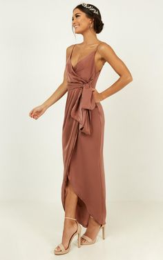 dusty rose wedding You're sure to catch the bouquet in this stunning wrap dress! The fixed wrap and sash ensure this little number will flatter all bridesmaids. Satin Dresses, Prom Dresses, Gowns, Summer Dresses, Formal Dresses, Bridesmaid Dress Colors, Wedding Bridesmaid Dresses, Dusty Rose Dress, Outfit Trends