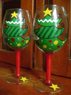 Items similar to O' Tannenbaum Hand-Painted Wine Glass on Etsy Christmas Wine Glasses, Diy Wine Glasses, Decorated Wine Glasses, Hand Painted Wine Glasses, Wine Glass Crafts, Wine Bottle Crafts, Wine Bottles, Wine Glass Designs, Decorative Crafts