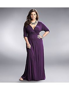 The perfect maxi for a wedding guest -- #sonsi #curvy #plussize $128