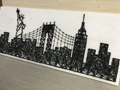 New york string art- Manhattan Bridge