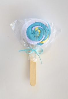 From Like To Love: Baby Shower Gift Idea
