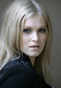 Picture of Eliza Taylor