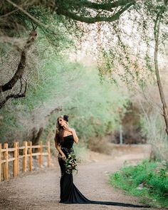 One last sneak from my dark romance bridal session yesterday! Gosh I love how it turned out! Can't wait to share more! Gown: @sewtrendyaccessories Model: @mysti_moon Hair Piece: @torturecouture Dead Florals: @hootandholler MUA/Hair: @pearls_makeup and thanks for having fun with me @ryannlindseyphotography #Wedding#Love#ArizonaPhotographer#Beautiful#Phx#Arizona#Film#Groom#Wedding #WeddingGown#Flowers #DarkBride #Dark #Fall #WeddingGown #HalloweenInspired #HalloweenInspiration