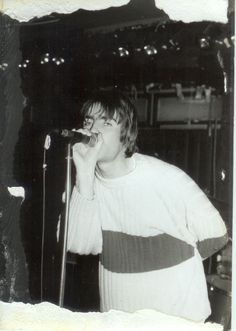 Liam Lennon Gallagher, Liam Gallagher Oasis, Great Bands, Cool Bands, Oasis Band, Liam And Noel, Beady Eye, Damon Albarn, Britpop