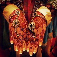 Anita's Engagement Jewelry + Mehndi (Kundan Hathphool)