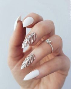Feather Nail Art Designs - Top 100 Design - Our Nail Feather Nail Designs, Nail Art Designs, Feather Nail Art, Feather Design, Beautiful Nail Art, Gorgeous Nails, Pretty Nails, Nail Manicure, Toe Nails