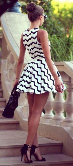Wavy Days Dress <3 L.O.V.E.