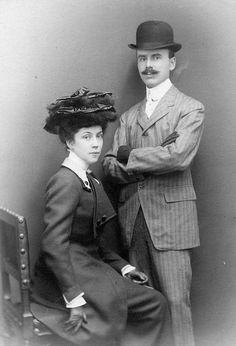 Man and woman Edwardians