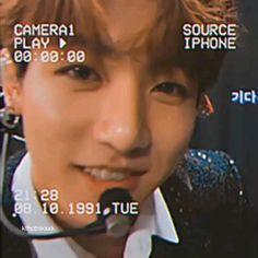 Bts Aesthetic Pictures, Aesthetic Videos, Bts Jungkook, Boyfriend Video, J Hope Dance, Jungkook Aesthetic, Bts Dancing, Jikook, Bts Funny Videos