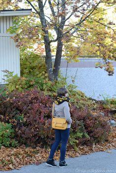 #fallstreetstyle #autumn #perkyyellowbag #autumncolors #blogger #style go to see more: http://omanelamansamalli.blogspot.fi/2015/09/end-of-september.html