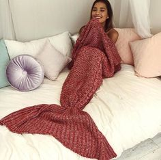 Cutest knitted mermaid tail blanket