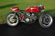Honda CB750 By Cafe Fabricator    ♠ http://milchapitas-kustombikes.blogspot.com/ ♠