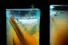 rum pear punch with thyme © Vivi D'Angelo foodfotografie muenchen