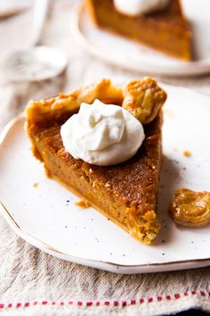 Move over pumpkin pie, brown sugar sweet potato pie tastes even better with more texture and lots of brown sugar and spice flavor!
