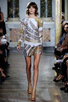 Emilio Pucci Spring 2010 Ready-to-Wear Fashion Show - Freja Beha Erichsen