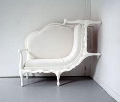 Lila Jans Wall-climbing sofa