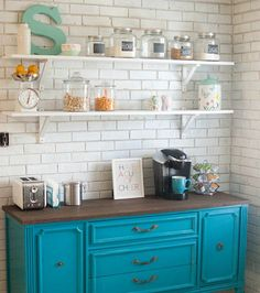 7 Reasons to Try Open Shelving in Your Kitchen