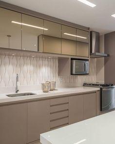 scandavian home decor Kitchen Design Open, Luxury Kitchen Design, Kitchen Cabinet Design, Interior Design Kitchen, Kitchen Modular, Modern Kitchen Cabinets, Home Decor Kitchen, Kitchen Furniture, Elegant Kitchens