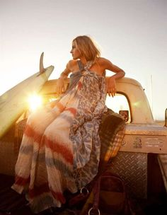 The hippy surf aesthetic.vintage vehicle, classic single fin surfboard, and a groovy boho chic shot in a wonderful back-lit soft focus style. Gypsy Style, Boho Gypsy, Hippie Style, Bohemian Style, Hippie Boho, Hippie Masa, Surf Style, Bohemian Summer, Hippie Jewelry