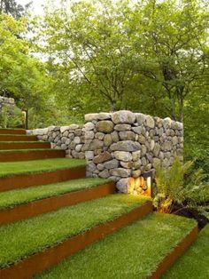 jardin en pente, jardin en terrasses d'acier corten