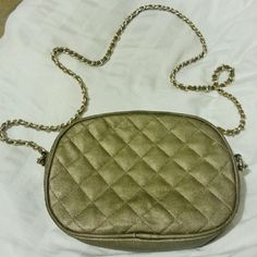 Quilted Leather Chain Shoulder Purse Very cute! Can be worn on shoulder or across the body. Lightweight. Gently used. Bags