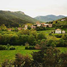 Uriz, en el valle de Arce, un remanso de paz, tranquilidad y naturaleza plena #Navarra (By @torredeuriz - #Instagram)