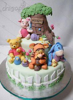 not that I would EVER aspire to make this, but it's so cute, I wouldn't even want to eat it lol