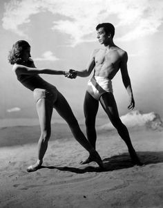 Tanaquil Leclercq and Nicholas Magallanes of New York City Ballet in a publicity photo for George Balanchine's Jones Beach, photo by George Platt Lynes Man Ray, Ballet Inspired Fashion, Ballet Pictures, Dance Pictures, Jones Beach, Berenice Abbott, Vintage Ballet, George Balanchine, Gordon Parks