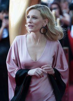 Cate Blanchett COMO EXISTE TANTA BELLEZA?.........